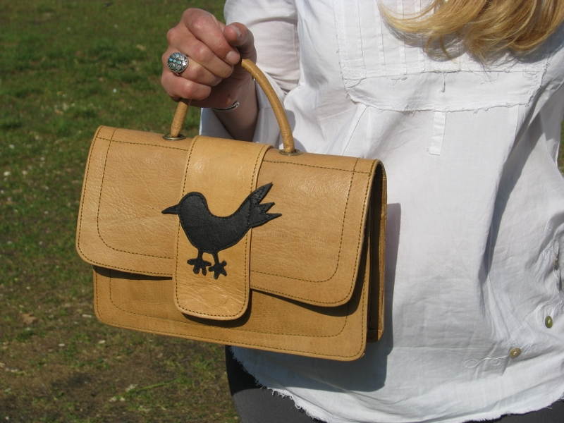 Gundara - Henkeltasche Vogel - kleine Handtasche für den Abend