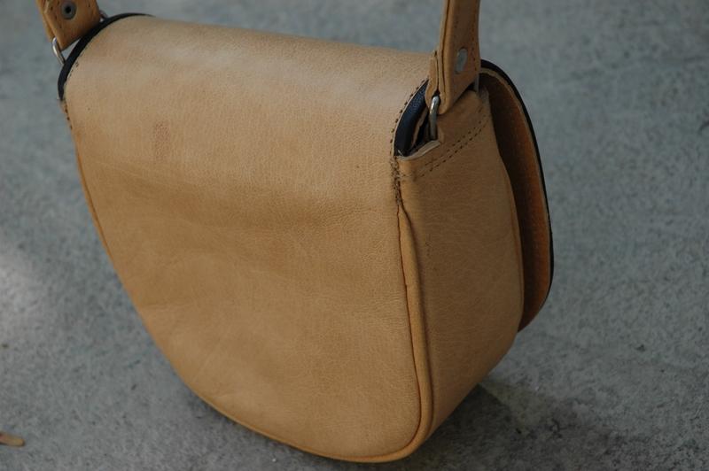 Gundara - Summer Cutie - petit sac artisanal en cuir naturel