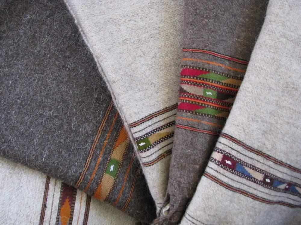 patu selection - Gundara - plaid - handmade in Pakistan