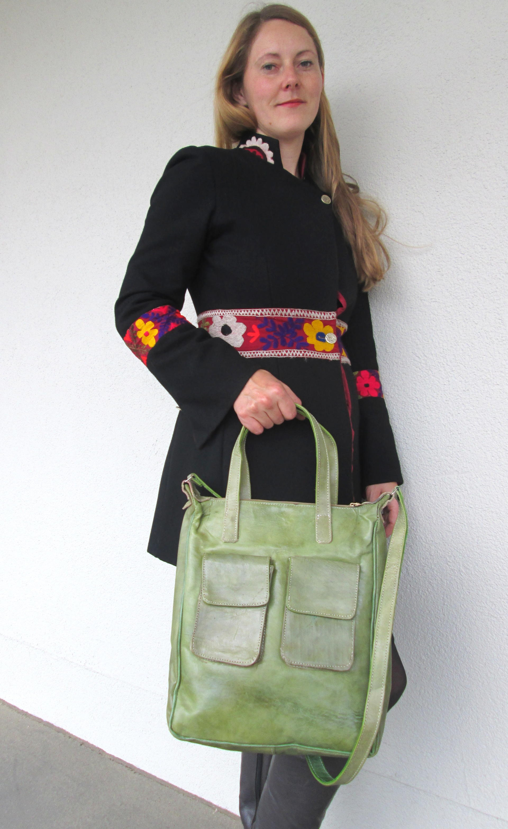 handbag in green leather - fair trade from Burkina Faso