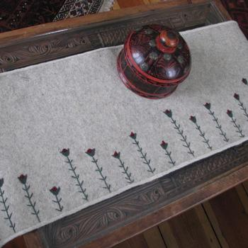 Funky Tulip Felt Table Runner - Afghan felt table runner - Embroidery