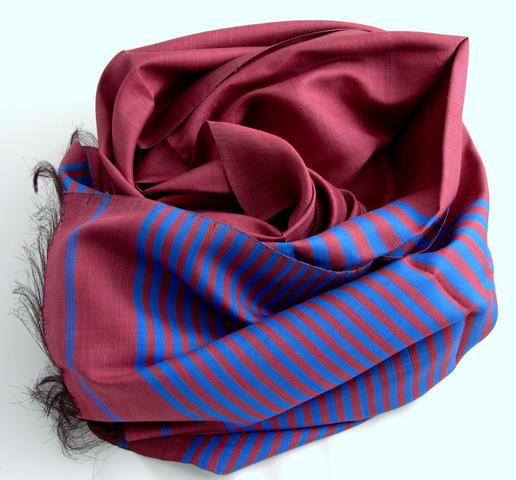 Seidenschal - handgemacht - aus Afghanistan - Frauenkooperative - Wildseide - bourdeaux und blau