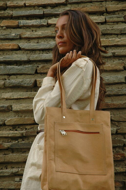 Natural leather shopping bag - Gundara