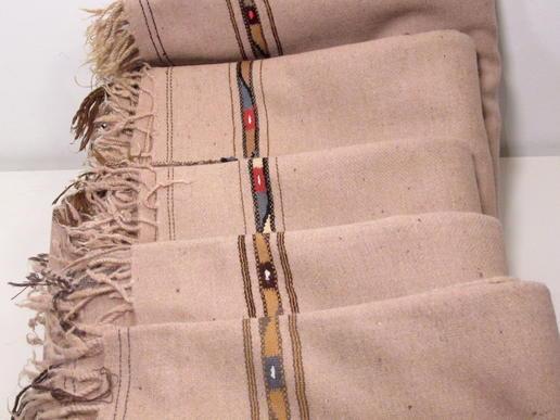lachsfarbenes Patu- fair gehandelt aus Pakistan - schönes Woll-Plaid