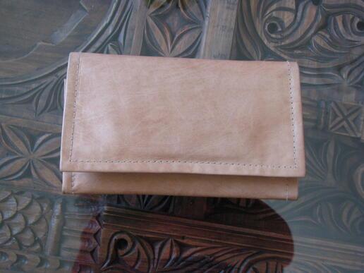 Gundara - Portemonnaie Lotte's - Leder-Portemonnaie für Damen - geschlossen