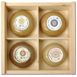 Aleppo Soap set wooden box