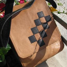 Gundara - Chess - Leather bag