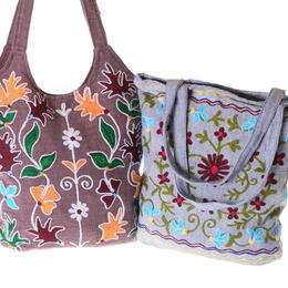 embroidered cotton shopping bags from Nepal with lining and zip closing