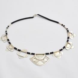 collier perles et pendentifs argent