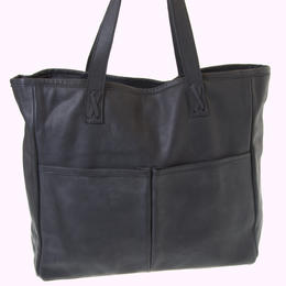 Mai in black - fair trade leather bag from Zambia