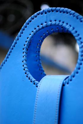 Sky Blue Shopper detail | photo Casey G. Johnson | Gundara