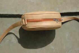 Gundara - Kolola - petit sac en cuir naturel - fermeture éclair