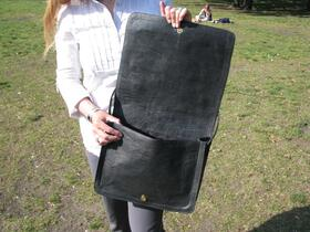 Gundara - Black Kyrgyz - laptop bag - Open