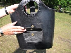 Gundara - Black Shopper - Side Pocket