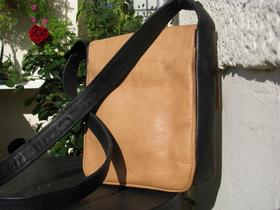 Gundara - Bubble Boom - back - pure leather - made in Afghanistan