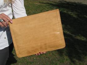 Gundara - Sangpush - document holder or laptop case - back - genuine leather