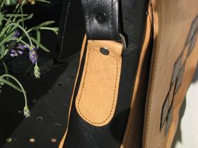 Gundara - Chess - Side strap attachment