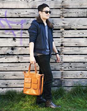 Genuine leather bag - photo Ulrika Walmark