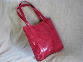 Gundara - red genuine leather - Missy Simple Africa - handmade in Burkina Faso - fair trade