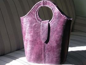 Shopper Violetta - Leather Shopping Bag in Purple - Gundara